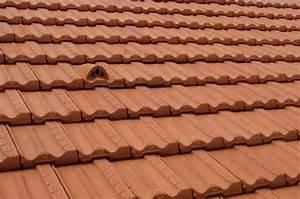 Tuile Pour Toiture : r aliser une toiture en tuiles marseille ~ Premium-room.com Idées de Décoration