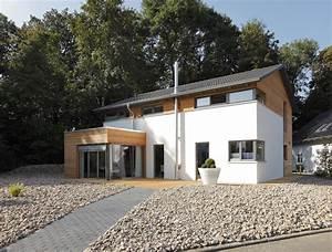 Haus Mit Holz : meisterst ck haus baustoff holz ~ Frokenaadalensverden.com Haus und Dekorationen