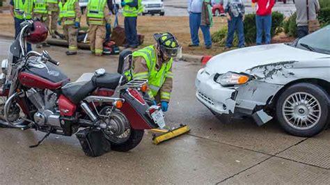 motorcycle  car accident  university texarkana today