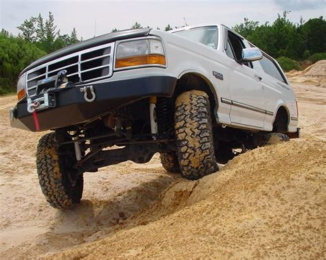 Ford Bronco Lift Kit by Superlift 6 Quot Lift Kit For 1980 1996 Ford Bronco 4wd