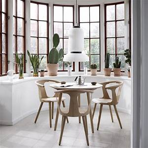 tradition in between chair design sami kallio With salle À manger contemporaine avec armoire design scandinave