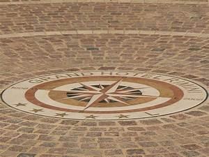 Pflastersteine Muster Bilder : mediterrane baustoffe mediterrane bodenbel ge informaionen ber mediterrane pflastersteine ~ Frokenaadalensverden.com Haus und Dekorationen