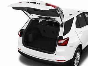 Image: 2018 Chevrolet Equinox FWD 4-door LT w/1LT Trunk