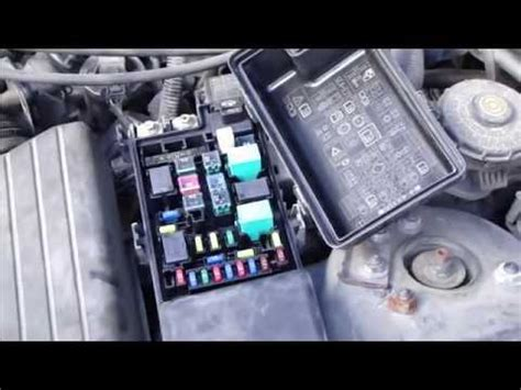 2003 Honda Insight Fuse Box by How To Change Fuses Honda Accord And Fix Light Fuse Error