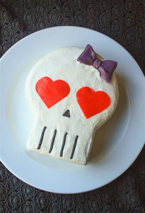 Skull Cake For Halloween A Simple Stepbystep Tutorial