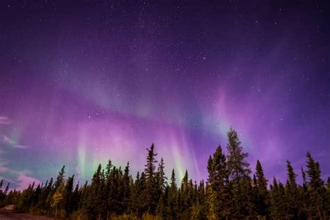 the best places to see the northern lights in canada