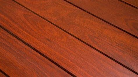 le patio en bois composite un bon choix