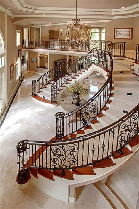 Inside Mansion  Beautiful Staircase (startingyourownnet
