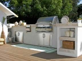 simple outdoor patio ideas