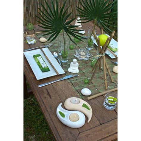 une table de repas inspiree de la decoration indienne