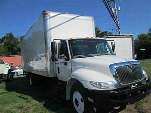 International Durastar  2011    Medium Trucks
