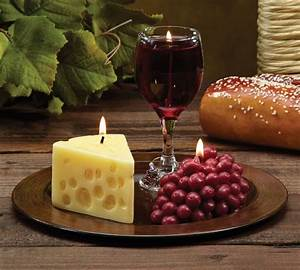 merlot scented wine cheese grape novelty candle gift With grapes furniture and home decor