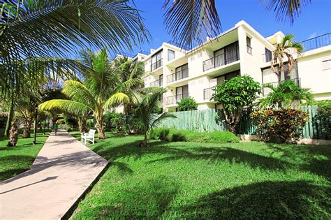 grand bahama condotownhouse  lucayan beach west