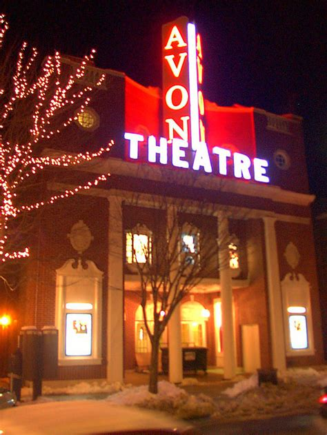 Avon Theater Stamford Ct 06880 Stamford S Avon Theatre Reopens Cinema Treasures