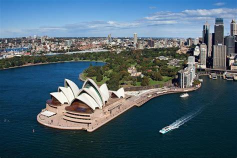 engaging sydney  south wales australia world