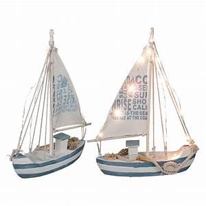 Schiff Basteln Holz : segelschiff deko holz mit 13 led 39 s maritim dekoartikel meer schiff boot lampe ~ Frokenaadalensverden.com Haus und Dekorationen