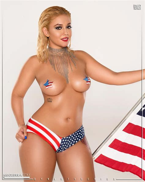 Hot Blonde With Amazing Curves Bluemaize