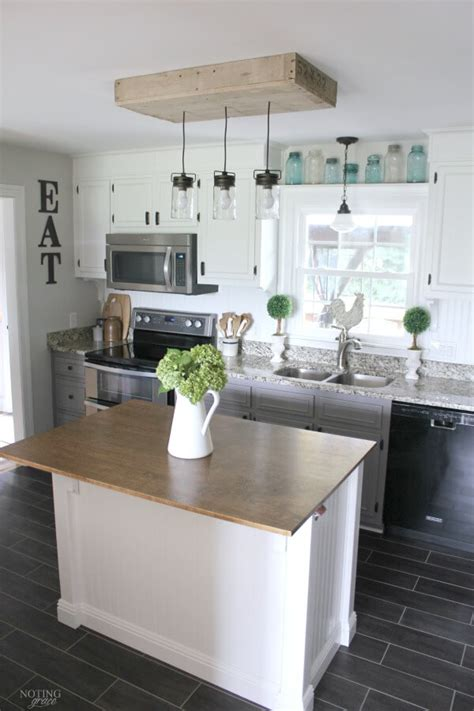 Diy Decorating Ideas For Kitchen by 35 Best Diy Farmhouse Kitchen Decor Projects And Ideas