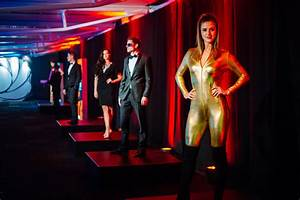 Hire James Bond Dancers UK – Book 007 Show Girls ...