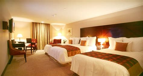executive king room savoy hotel limerick  limerick hotel