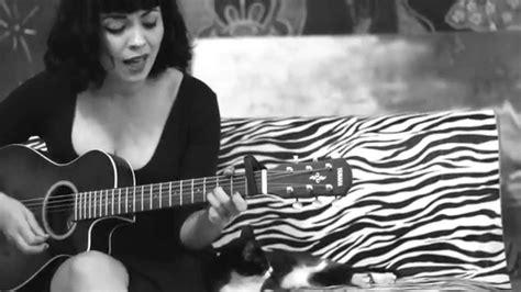 Tu Falta De Querer (acoustic Version
