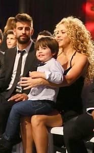 As fotos mais fofas de Shakira e Gerard Piqué com os ...