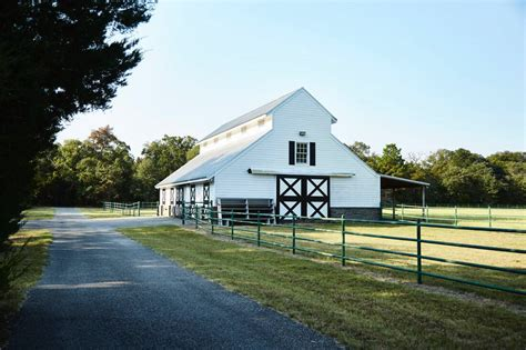 menehune luxury ranch  lake athens republic ranches
