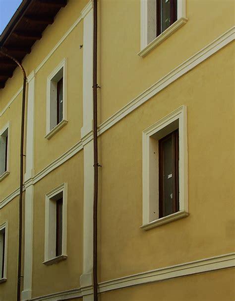 Cornici Marcapiano by Cornici Marcapiano M3 Per Facciate