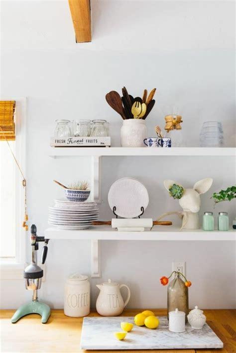 etagere de rangement cuisine le rangement mural comment organiser bien la cuisine