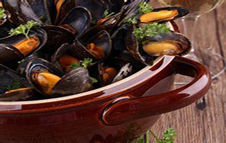 ma recette bretonne des moules marinieres  breton