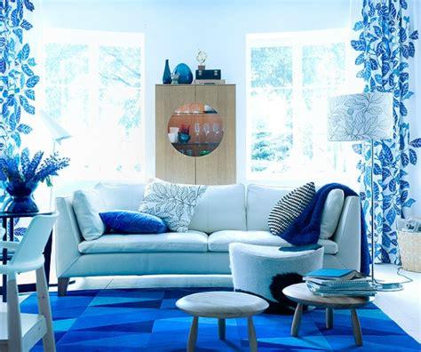 tapis bleu ikea photo  une ambiance polaire dans