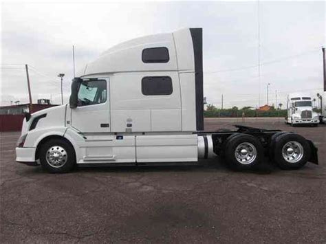 2015 volvo big rig volvo vnl780 2015 sleeper semi trucks