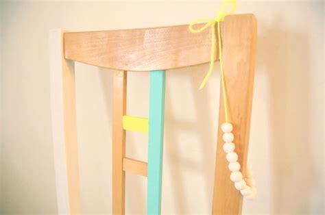 peindre une chaise en bois diy peindre une chaise en bois