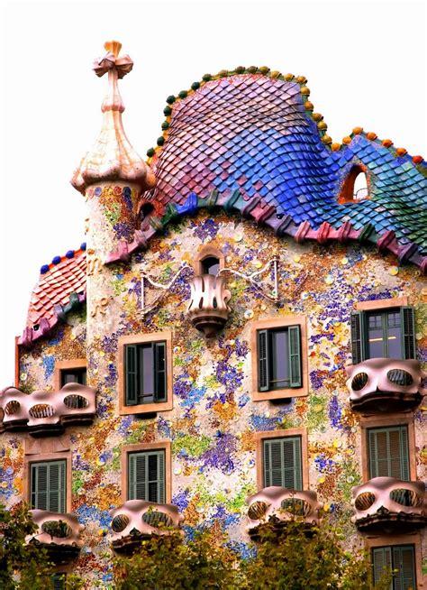 Barcelona Surroundings Exploring Gaudí's Casa Batlló