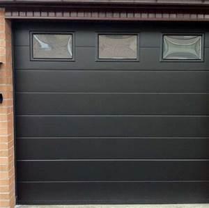 porte de garage noire et blanc tableau isolant thermique With porte de garage enroulable et portes interieures noires