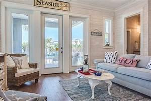 lambris bois blanc inviter le style campagne chic a la maison With tapis chambre bébé avec canapé style maison de campagne