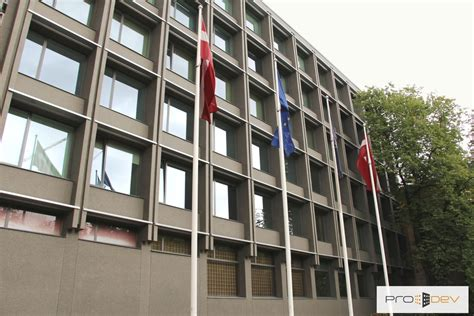 Aizsardzības ministrijas ēkas 2. korpusa fasādes ...