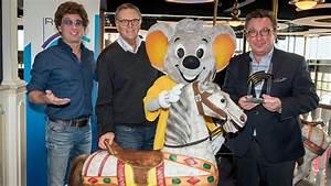 Radio Regenbogen Rechnung Einreichen : erste preistr ger des radio regenbogen award 2018 im europa park bekannt ~ Themetempest.com Abrechnung