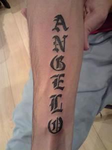 Tatouage Prenom Avant Bras Homme : prenom gothique tatouage a domicile ~ Melissatoandfro.com Idées de Décoration