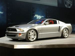 Car in pictures – car photo gallery » Ford Mustang GT Concept 2003 Photo 03