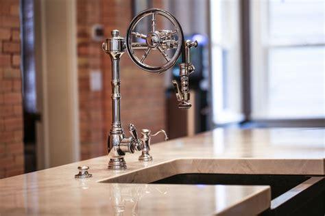 waterstone wheel pulldown facuet  kitchen faucet