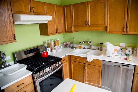 painting wood kitchen cabinets diy painting wood kitchen cabinets nesting