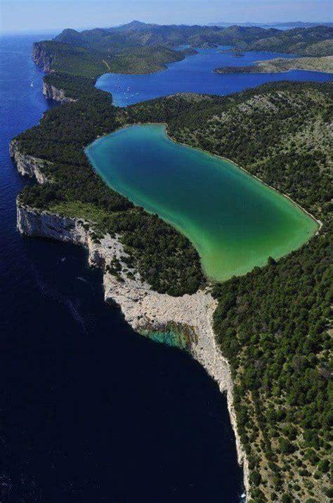 dugi otok croatias long island  sakarun beach