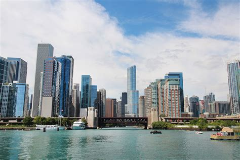 Chicago Boat Tours Cost by 12 Essential Activities For A Weekend In Chicago A Globe