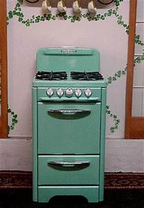 O39keefe merritt apartment size custom color green for Apartment size stove gas