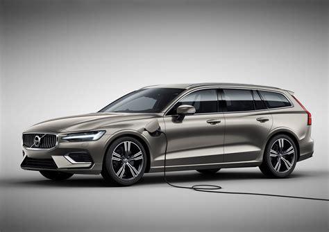 New Volvo V60 To Get 2 Phev Variants