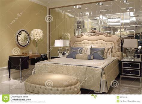 miroir chambre a coucher miroir dans chambre a coucher maison design modanes com