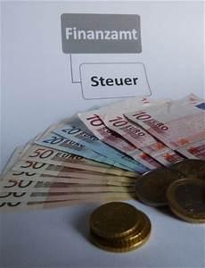Steuer Auf Rente Berechnen : was sie f r ihre private rentenversicherung bei der steuer angeben m ssen ~ Themetempest.com Abrechnung