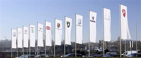 volkswagen group headquarters volkswagen leaders criticized by world 39 s biggest wealth