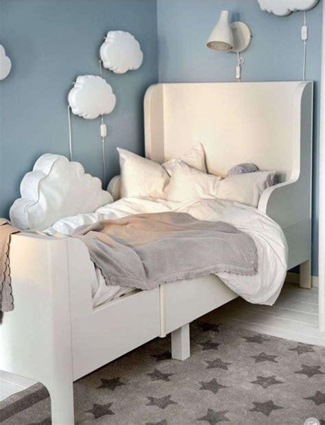 Bett Dekorieren Ikea by 20 Cool Decorating Tips Tricks From The 2017 Ikea